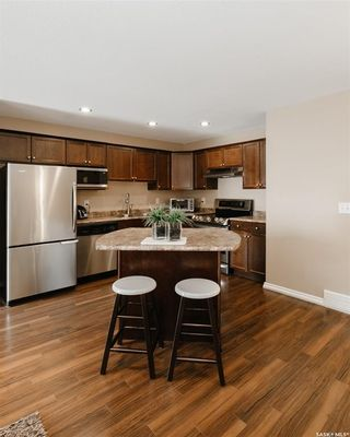 Photo 7: 346 Pickard Way North in Regina: Normanview Residential for sale : MLS®# SK871171