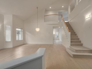 """Photo 3: 48 5531 CORNWALL Drive in Richmond: Terra Nova Townhouse for sale in """"QUILCHENA GREEN"""" : MLS®# R2118973"""