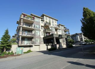 """Photo 2: 302 9060 BIRCH Street in Chilliwack: Chilliwack W Young-Well Condo for sale in """"ASPEN GROVE"""" : MLS®# R2603096"""