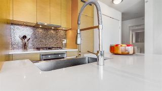 """Photo 9: 1705 565 SMITHE Street in Vancouver: Downtown VW Condo for sale in """"VITA"""" (Vancouver West)  : MLS®# R2562463"""
