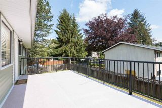 Photo 10: 11838 BONSON Road in Pitt Meadows: Central Meadows House for sale : MLS®# R2083009