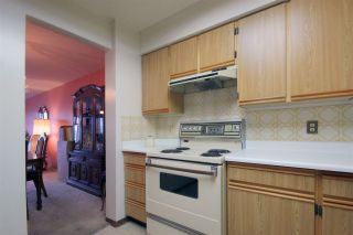 """Photo 16: 1803 615 BELMONT Street in New Westminster: Uptown NW Condo for sale in """"BELMONT TOWERS"""" : MLS®# R2123031"""