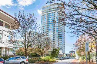 Photo 1: 901 125 E 14TH STREET in North Vancouver: Central Lonsdale Condo for sale : MLS®# R2330786