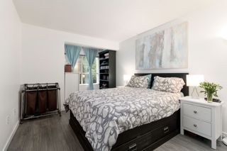 "Photo 12: 308 2968 SILVER SPRINGS Boulevard in Coquitlam: Westwood Plateau Condo for sale in ""TAMARISK"" : MLS®# R2408229"