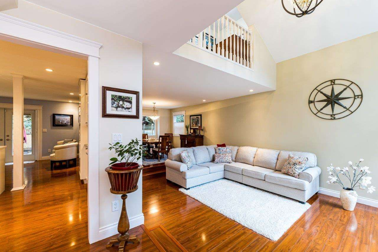 Photo 3: Photos: 1530 LIGHTHALL COURT in North Vancouver: Indian River House for sale : MLS®# R2516837