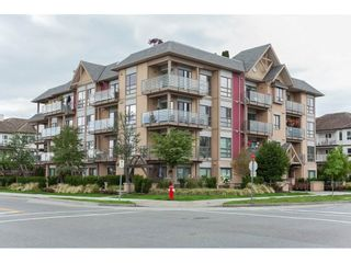 "Photo 1: 301 5811 177B Street in Surrey: Cloverdale BC Condo for sale in ""Latis"" (Cloverdale)  : MLS®# R2084477"