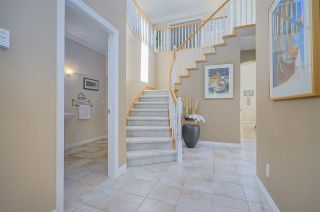 """Photo 3: 14391 17B Avenue in Surrey: Sunnyside Park Surrey House for sale in """"OCEAN BLUFF"""" (South Surrey White Rock)  : MLS®# R2389539"""