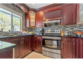 """Photo 4: 18063 60 Avenue in Surrey: Cloverdale BC House for sale in """"Cloverdale"""" (Cloverdale)  : MLS®# R2575955"""