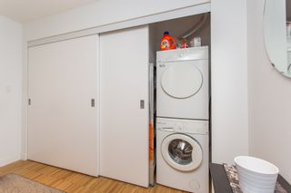 """Photo 5: 2001 108 W CORDOVA Street in Vancouver: Downtown VW Condo for sale in """"Woodwards W32"""" (Vancouver West)  : MLS®# R2465533"""