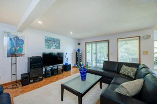 Photo 34: 27 Strathlorne Bay SW in Calgary: Strathcona Park Detached for sale : MLS®# A1120430