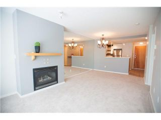 "Photo 4: 213 1111 LYNN VALLEY Road in North Vancouver: Lynn Valley Condo for sale in ""THE DAKOTA"" : MLS®# V1120837"