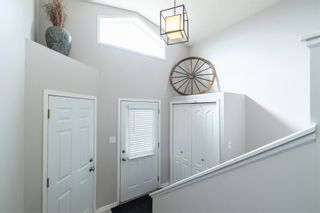 Photo 2: 11 HORTON Court: St. Albert House for sale : MLS®# E4262462