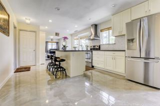 Photo 9: 4804 DUNDAS Street in Burnaby: Capitol Hill BN House for sale (Burnaby North)  : MLS®# R2481047