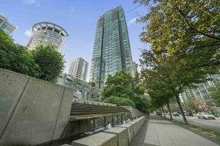 """Photo 15: 601 1288 W GEORGIA Street in Vancouver: West End VW Condo for sale in """"The Residences on Georgia"""" (Vancouver West)  : MLS®# R2495717"""