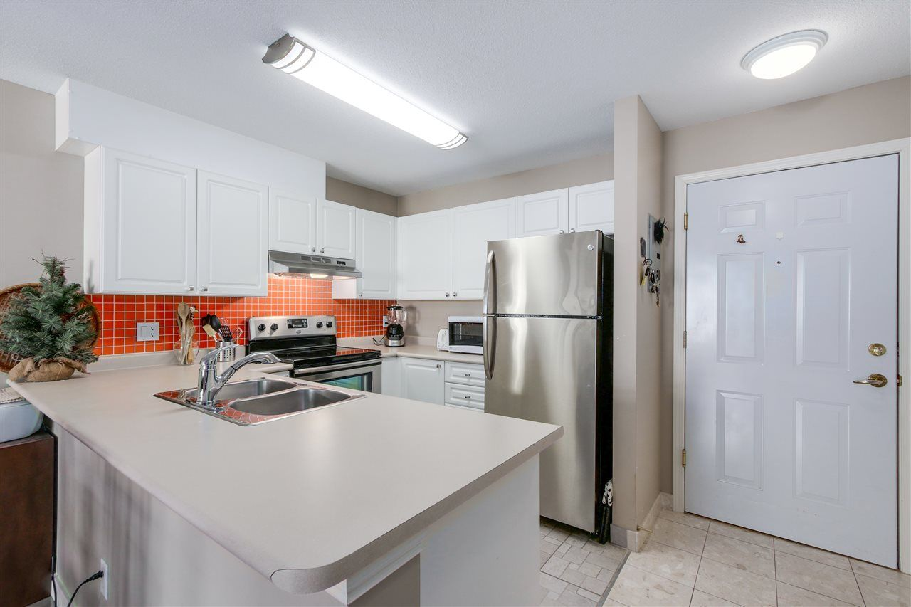 Photo 7: Photos: 331 5880 DOVER CRESCENT in Richmond: Riverdale RI Condo for sale : MLS®# R2046848