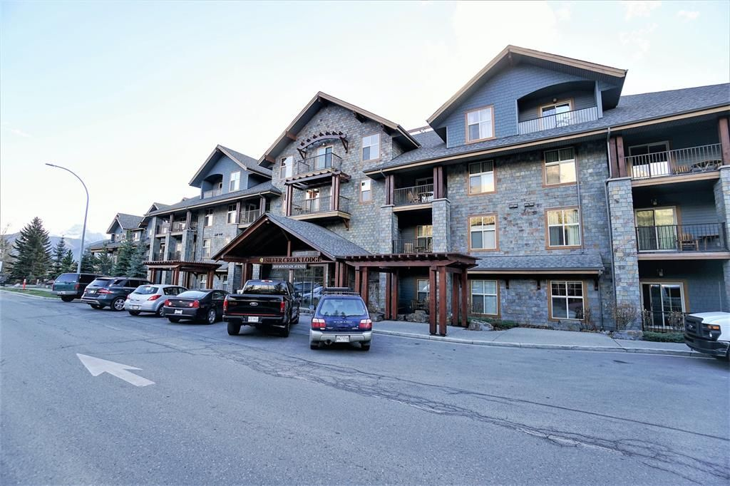 Main Photo: 223A 1818 Mountain Avenue: Canmore Apartment for sale : MLS®# A1116144