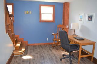 Photo 9: 15 Smith Avenue in Springhill: 102S-South Of Hwy 104, Parrsboro and area Residential for sale (Northern Region)  : MLS®# 202110139