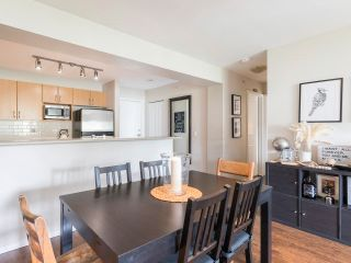 """Photo 10: 408 200 KLAHANIE Drive in Port Moody: Port Moody Centre Condo for sale in """"Salal"""" : MLS®# R2603495"""