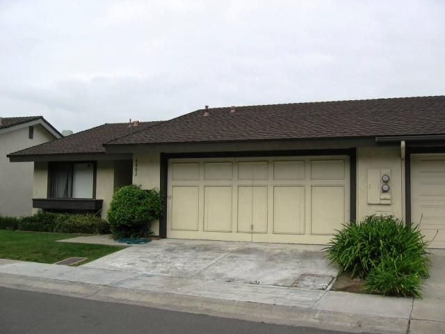 Main Photo: CLAIREMONT Residential for sale or rent : 3 bedrooms : 4482 Caminito Pedernal in San Diego