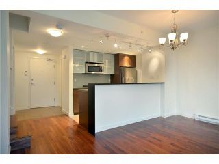 "Photo 8: # TH107 980 COOPERAGE WY in Vancouver: Yaletown Condo for sale in ""COOPERS POINT"" (Vancouver West)  : MLS®# V914823"