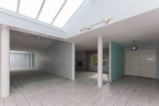 Photo 2: 4931 CEDAR Crescent in Delta: Pebble Hill House for sale (Tsawwassen)  : MLS®# R2243407