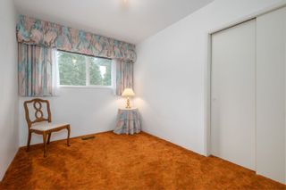 Photo 12: 955 HARTFORD PLACE in North Vancouver: Windsor Park NV House for sale : MLS®# R2611683