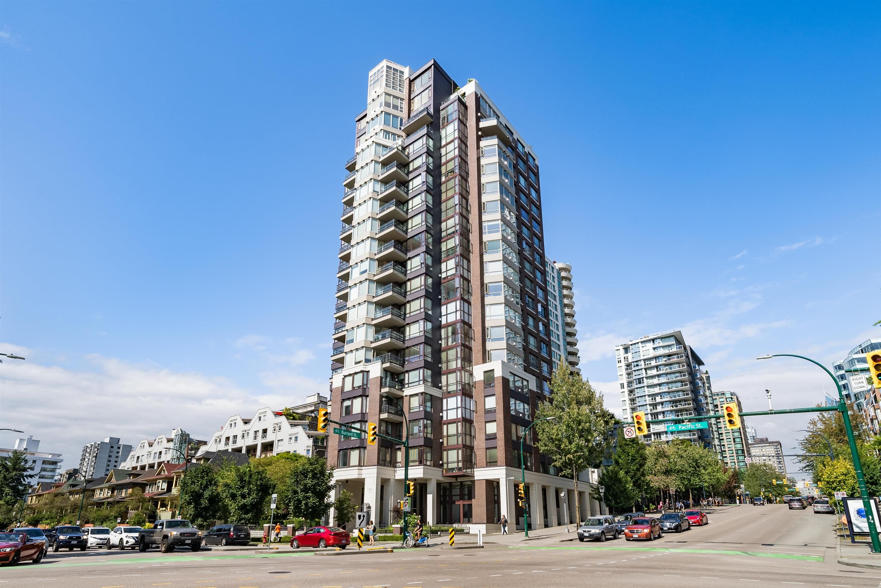 """Main Photo: 1708 1003 PACIFIC Street in Vancouver: West End VW Condo for sale in """"SeaStar"""" (Vancouver West)  : MLS®# R2611084"""