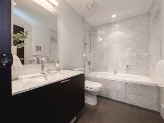 """Photo 15: 1510 HOMER Mews in Vancouver: Yaletown Townhouse for sale in """"THE ERICKSON"""" (Vancouver West)  : MLS®# R2334028"""
