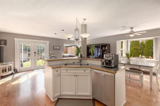 """Photo 15: 41434 GOVERNMENT Road in Squamish: Brackendale House for sale in """"BRACKENDALE"""" : MLS®# R2583348"""