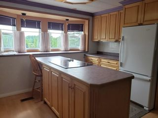 """Photo 3: D6 5931 COOK Court in Prince George: Birchwood Manufactured Home for sale in """"BIRCHWOOD"""" (PG City North (Zone 73))  : MLS®# R2586996"""