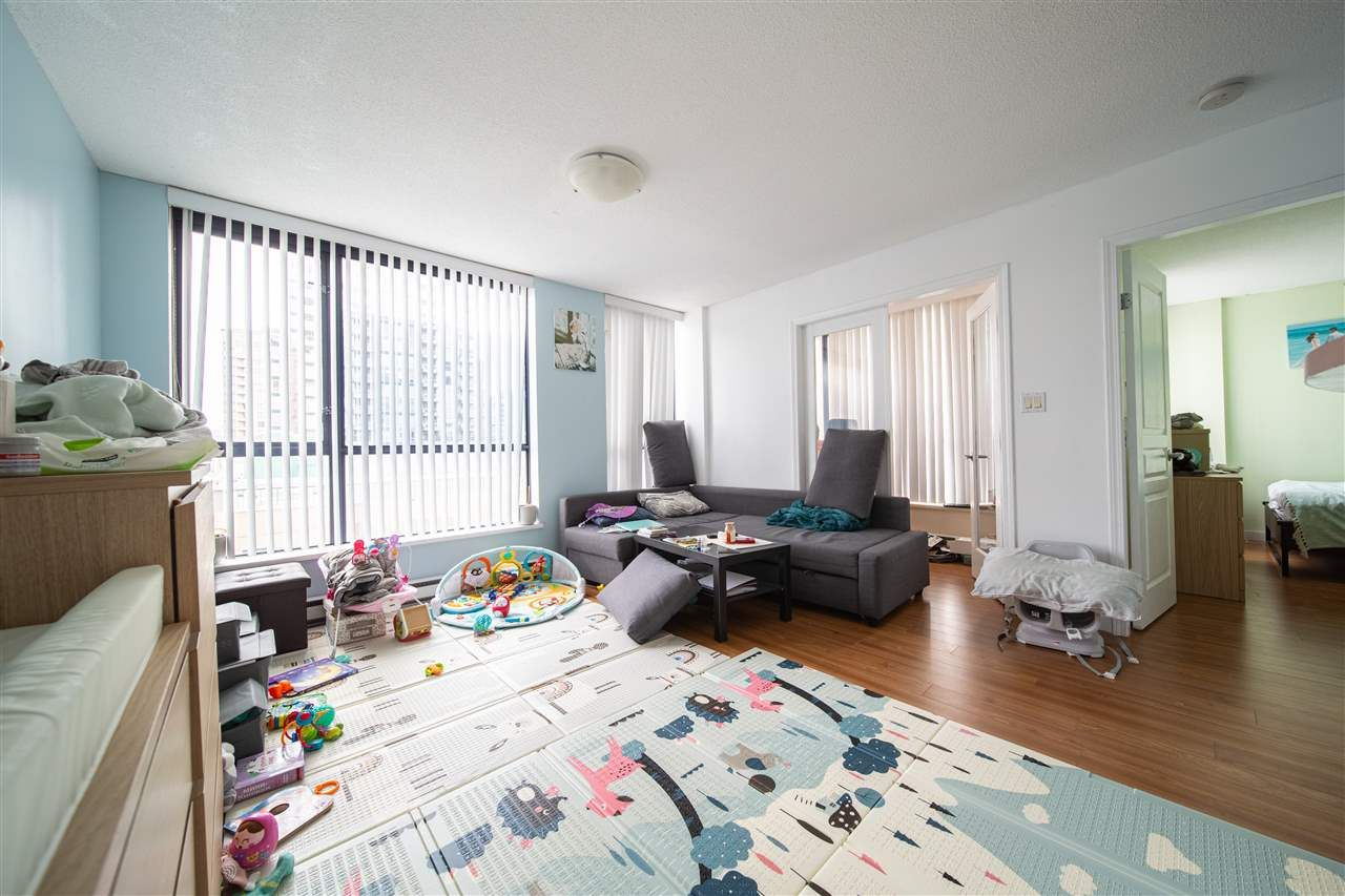 """Main Photo: 506 3438 VANNESS Avenue in Vancouver: Collingwood VE Condo for sale in """"THE CENTRO"""" (Vancouver East)  : MLS®# R2518322"""