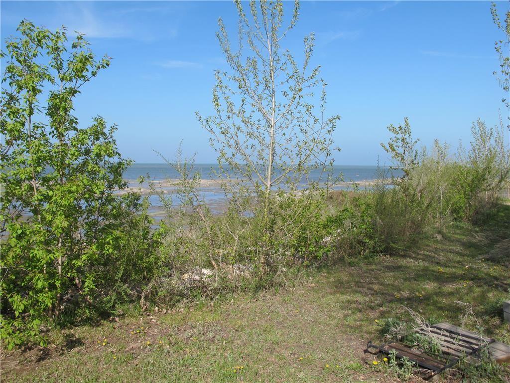 Photo 11: Photos:  in St Laurent: Laurentia Beach Residential for sale (R19)  : MLS®# 202112663