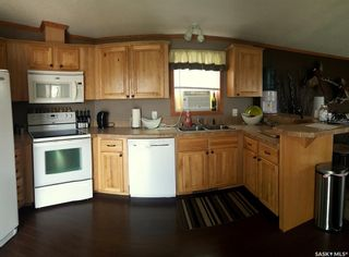 Photo 4: 175 Robinson Avenue in Macoun: Residential for sale : MLS®# SK838248