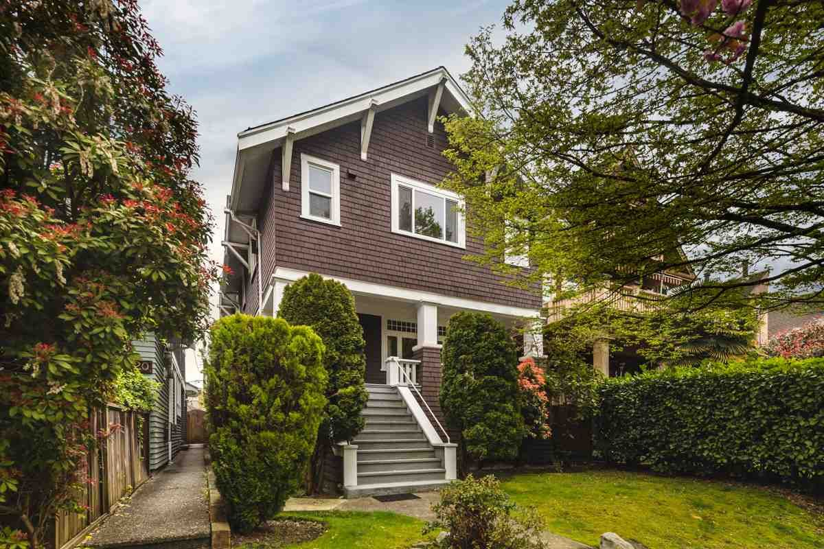 "Main Photo: 1324 CYPRESS Street in Vancouver: Kitsilano House for sale in ""KITS POINT"" (Vancouver West)  : MLS®# R2451349"