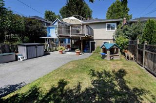 """Photo 19: 82 E 45TH Avenue in Vancouver: Main House for sale in """"MAIN STREET"""" (Vancouver East)  : MLS®# R2394942"""