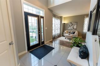 Photo 3: 158 Brookstone Place in Winnipeg: South Pointe Residential for sale (1R)  : MLS®# 202112689