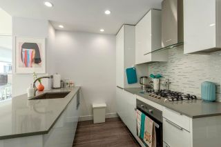"""Photo 7: 1010 1283 HOWE Street in Vancouver: Downtown VW Condo for sale in """"Tate"""" (Vancouver West)  : MLS®# R2607707"""