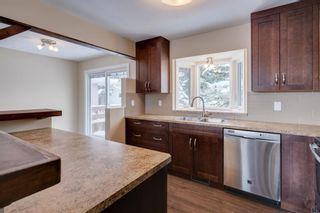 Photo 3: 6139 Buckthorn Road NW in Calgary: Thorncliffe Detached for sale : MLS®# A1070955
