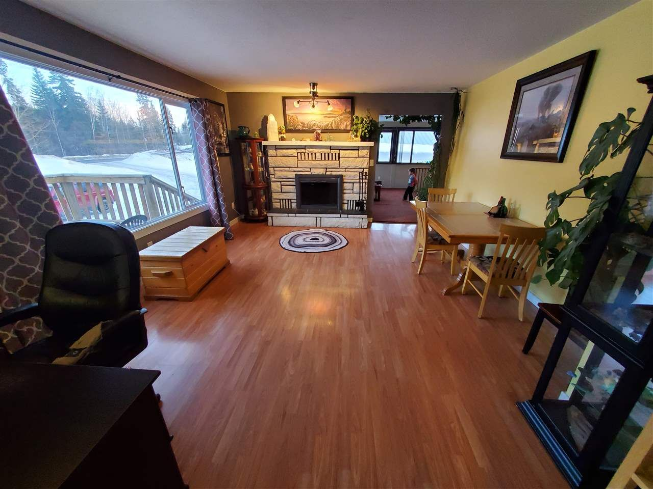 Photo 11: Photos: 2087 BLACKWATER Road: Bouchie Lake House for sale (Quesnel (Zone 28))  : MLS®# R2566551
