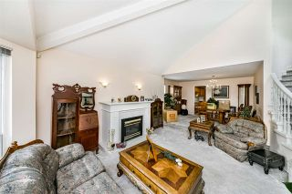 Photo 6: 13533 60A Avenue in Surrey: Panorama Ridge House for sale : MLS®# R2513054