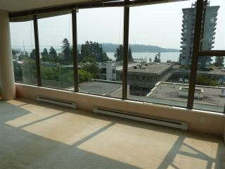 "Photo 5: 402 570 18TH Street in West Vancouver: Ambleside Condo for sale in ""WENTWORTH"" : MLS®# R2194488"