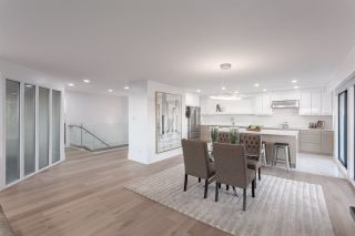 Photo 15: 14 2206 FOLKESTONE WAY in West Vancouver: Panorama Village Townhouse for sale : MLS®# R2477030