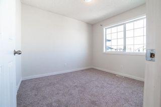 Photo 11: 33 San Fernando Crescent NE in Calgary: Monterey Park Detached for sale : MLS®# A1095640