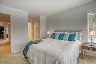"""Photo 18: 61 6747 203 Street in Langley: Willoughby Heights Townhouse for sale in """"SAGEBROOK"""" : MLS®# R2454928"""
