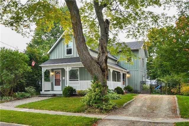 Main Photo: 124 Joseph Street: Shelburne House (1 1/2 Storey) for sale : MLS®# X3930003