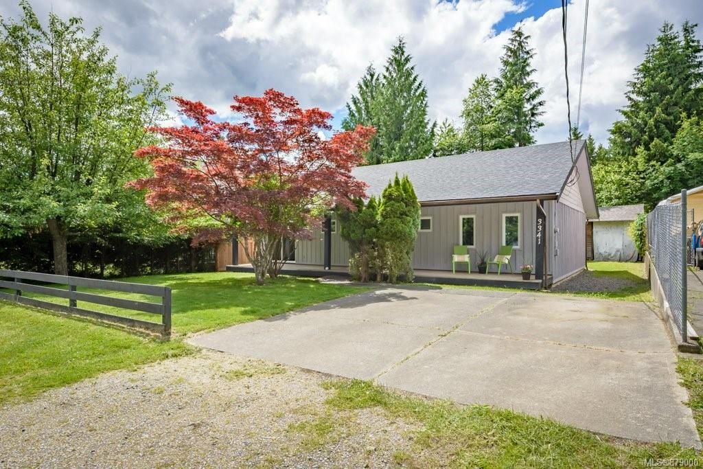 Main Photo: 3341 Egremont Rd in Cumberland: CV Cumberland House for sale (Comox Valley)  : MLS®# 879000