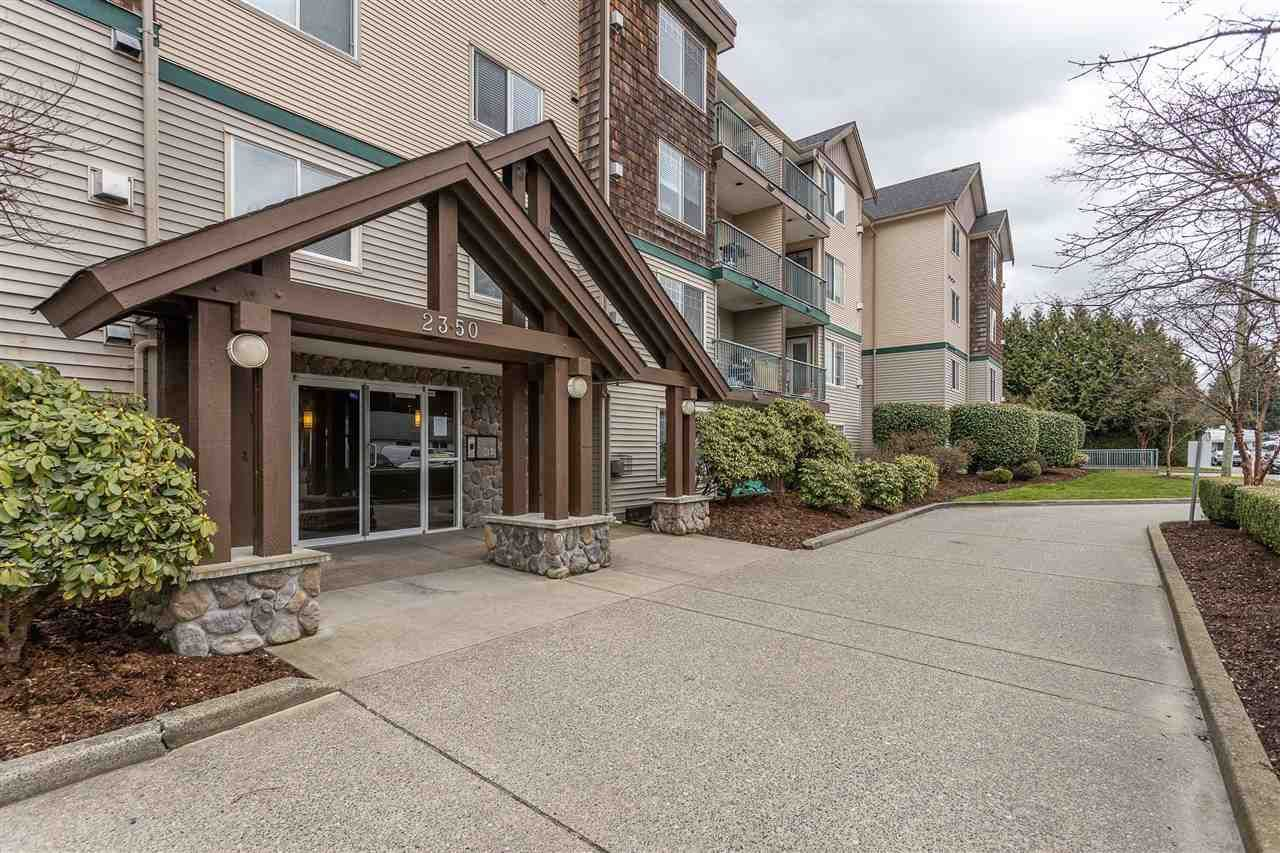 """Main Photo: 310 2350 WESTERLY Street in Abbotsford: Abbotsford West Condo for sale in """"Stonecroft Estates"""" : MLS®# R2469206"""