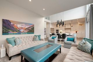 Photo 7: 2037 51 Avenue SW in Calgary: North Glenmore Park Detached for sale : MLS®# A1146301