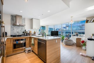 Photo 3: 1407 1783 MANITOBA Street in Vancouver: False Creek Condo for sale (Vancouver West)  : MLS®# R2610486