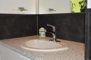 Photo 11: 776 Anderton Rd in Comox: CV Comox Peninsula House for sale (Comox Valley)  : MLS®# 882432